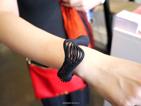 Liquid Tension* Bangle ( Hollow ) in Black Strong & Flexible