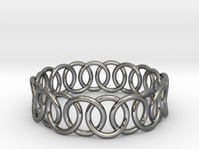 Ring Bracelet 70 in Fine Detail Polished Silver