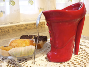 Ankle Boot Mug in Gloss Red Porcelain