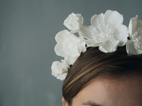 Icelandic Poppy Crown in White Natural Versatile Plastic