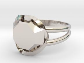 Size 8 Diamond Ring in Platinum