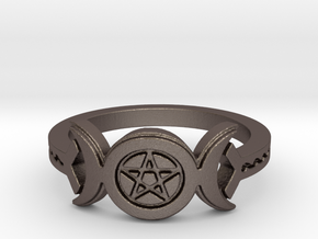 Triple Moon Pentacle Decorated Band Ring Size 8 in Polished Bronzed Silver Steel