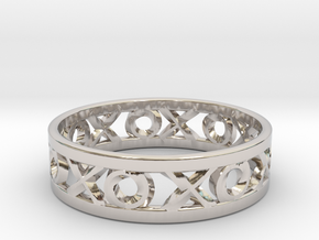 Size 8 Xoxo Ring in Rhodium Plated Brass