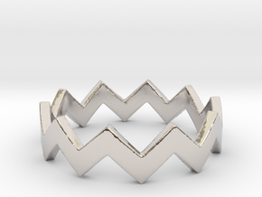 Zig Zag Wave Stackable Ring Size 5 in Rhodium Plated Brass