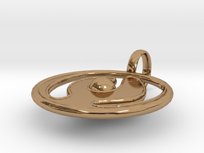 O Pendant in Polished Brass