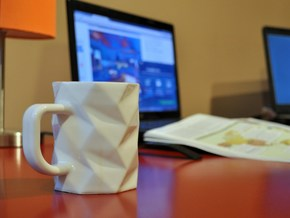 Coffee OctoMug - Low Poly Mug in Gloss White Porcelain