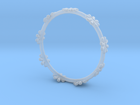 Bangle Design in Smooth Fine Detail Plastic