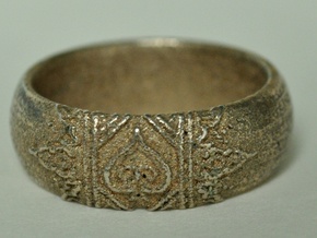 Ace Ring_Henna_Spade_CARVED_Size11 in Stainless Steel