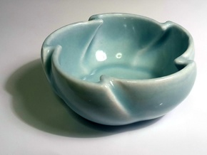 Whirl Cup in Gloss Celadon Green Porcelain