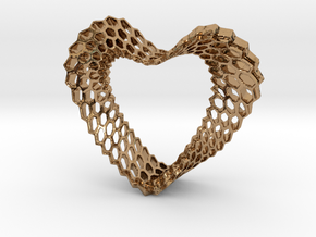 LOVEhEART in Polished Brass
