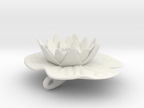 Lilypad Pendant in White Natural Versatile Plastic
