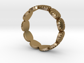 Ring - US 9, AUS/UK R 1/2. in Polished Gold Steel