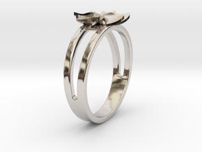 Flower Ring Size 7 in Platinum