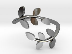 Vine Ring in Polished Silver: 4 / 46.5