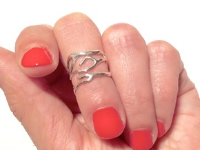 Coral midi ring (C) in Polished Silver