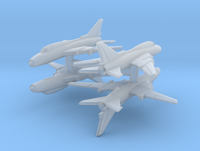 1/550 Sukhoi Su-22 (x4) in Smooth Fine Detail Plastic