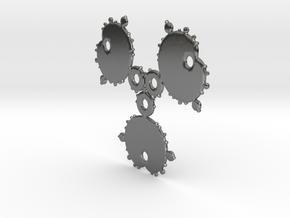 Mandelbrot 3 Leaf Out Pendant in Fine Detail Polished Silver