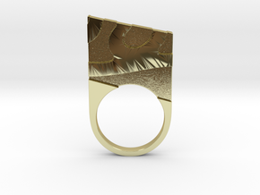 Solid geometry ring in 18k Gold