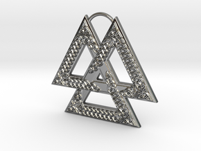 Knotwork Valknut in Fine Detail Polished Silver