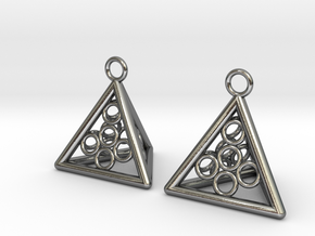 Pyramid triangle earrings serie 3 type 5 in Polished Silver