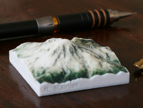 Mt. Rainier, Washington, USA, 1:250000 Explorer in Coated Full Color Sandstone
