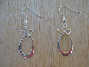 Oval With Bow Earrings in Polished Silver