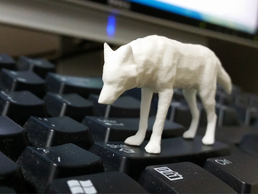 Lowpoly Wolf in White Processed Versatile Plastic