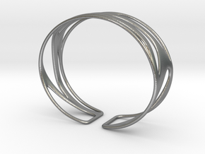 Inspired Curves (size s) in Natural Silver