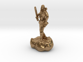 Male Halfling Bard With Rapier and Lutebow in Natural Brass