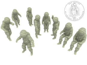 Generic Astronauts Set / 1:144 in Frosted Ultra Detail
