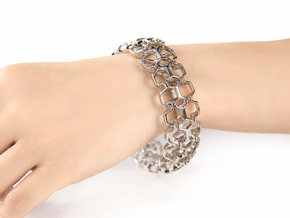 Honeyfull Quattro Bracelet, Medium Size, d=65mm in Polished Silver: Medium