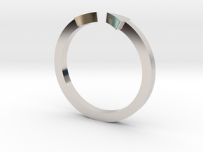 Double Triangle Mid Finger Ring in Platinum