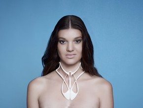 Necklace in White Strong & Flexible