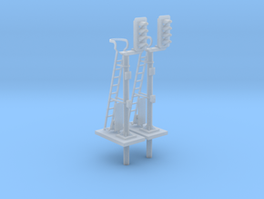Pair of OO scale 4 Aspect Signals With Offset Pole in Smooth Fine Detail Plastic