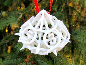 Thorn Die10 Ornament in White Natural Versatile Plastic