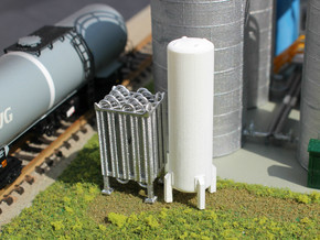N Scale Cryogenic Vaporizer + Tank 38mm in Smooth Fine Detail Plastic