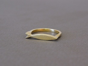Fish Ring in Raw Brass: 8 / 56.75