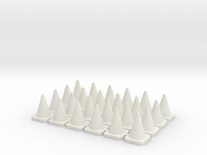 24 Small Traffic Cones in White Natural Versatile Plastic: 1:76