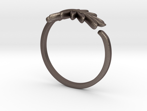 Friendship Leaf Rings in Polished Bronzed Silver Steel