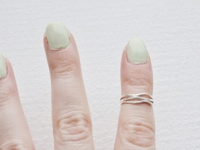 Wave Knuckle Ring in Natural Silver: 3 / 44