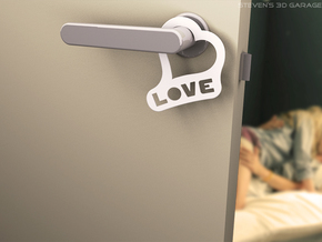 "Door-hanger ""Love"" (Small) in White Natural Versatile Plastic"