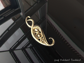 Leaf Pendant in Polished Brass