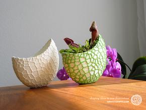 Organic two-color skulpture pot (20 cm) in Full Color Sandstone