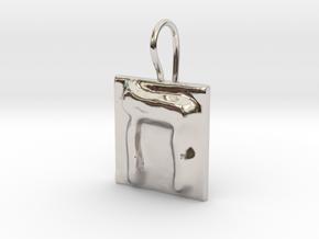 08 Het Earring in Rhodium Plated Brass
