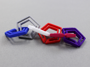 penta chain in White Natural Versatile Plastic