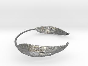 Leaf Wrist Cuff in Natural Silver