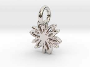 Daisy Pendant/Charm - 24mm, 20mm, 16mm, 12mm in Rhodium Plated Brass: Extra Small
