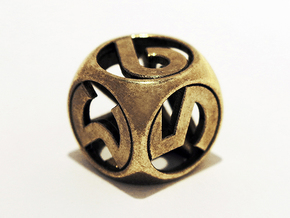 Master D6 in Polished Brass