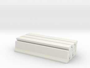 6 Jersey Barriers, Standard (32 inch x 15 feet) in White Natural Versatile Plastic: 1:76 - OO