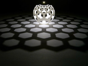 Honeycomb (stereographic projection) in White Strong & Flexible
